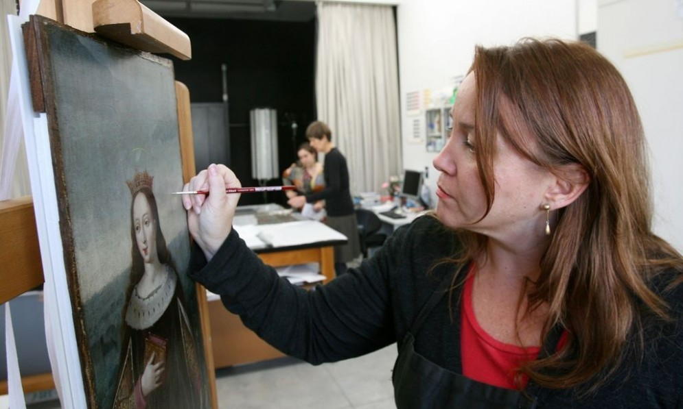 Behind the Scenes: Conservation Tours at Auckland Art Gallery