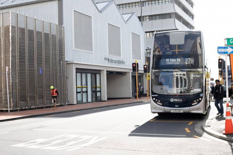 Buses-in-Auckland-city-centre-1.jpg